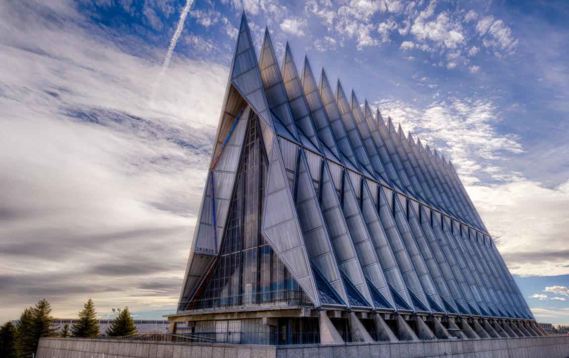 Особая архитектура - Кадетская часовня Академии ВВС США
