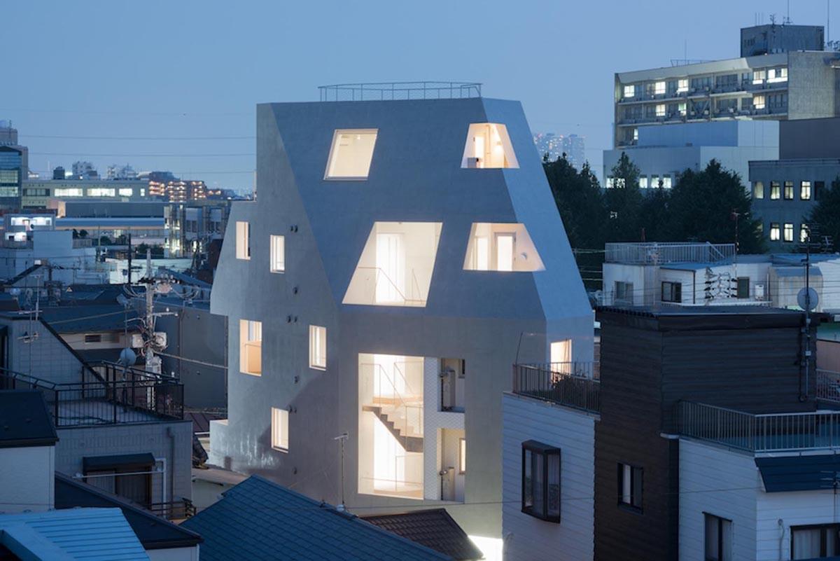 Kitasenzoku Apartment от Tomoyuki Kurokawa Architects